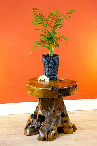 Root Wood Side Table JOMTIEN II
