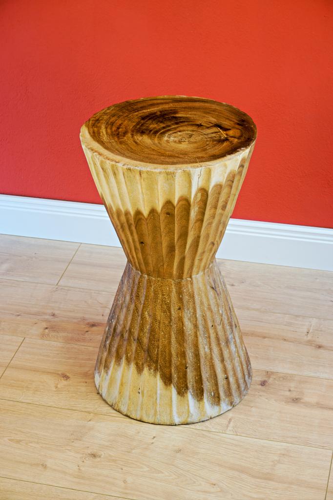Holz beistelltisch blumenst nder podest masbate for Beistelltisch c form