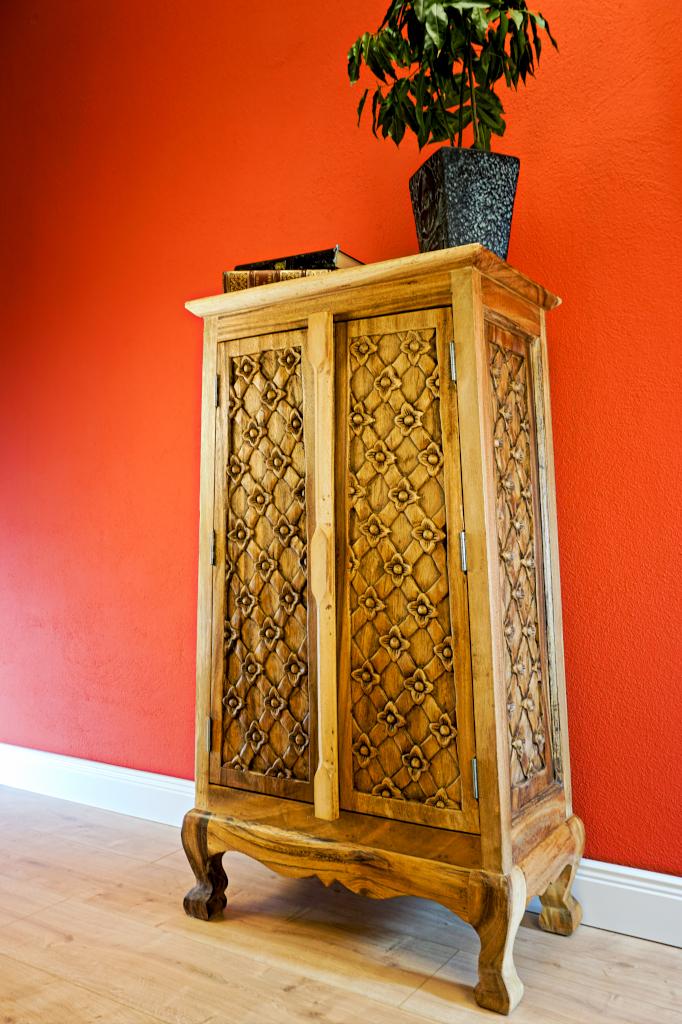 100cm massiv holz kommode schrank wohnzimmer m bel massivholz highboard mit t r ebay. Black Bedroom Furniture Sets. Home Design Ideas
