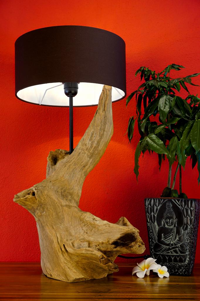 treibholz tischlampe thanin holz lampe stehlampe. Black Bedroom Furniture Sets. Home Design Ideas