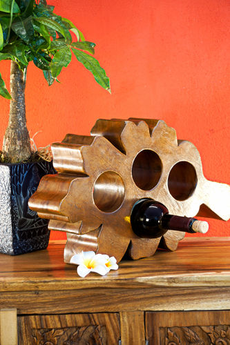 Suar wood wine rack leaf